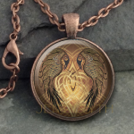 Glass Domed Raven Heart-Round